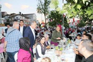 Ortaçeşme Meydanı'nda iftar bereketi