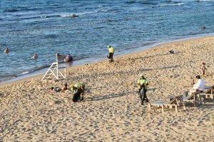 Beykoz Riva plajlarında çift vardiya temizlik
