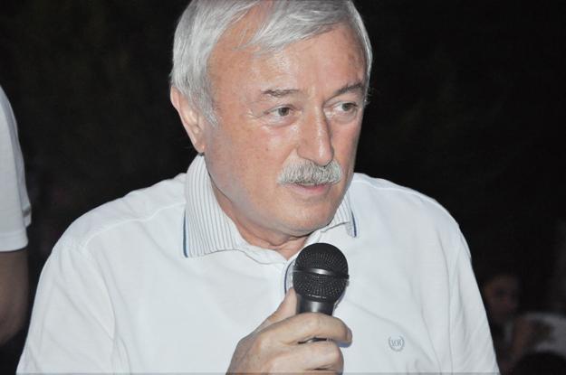 Şevket Arıkan Ekmeleddin İhsanoğlu'na destek istedi