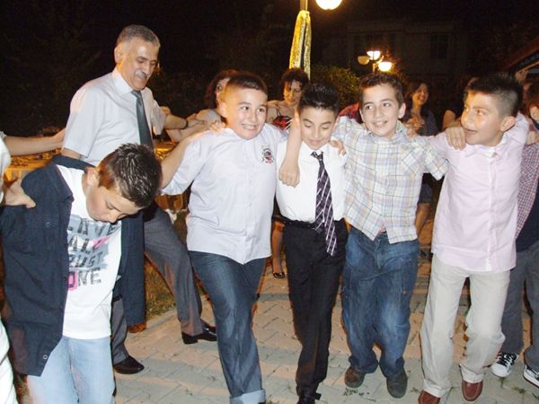 Okullarda yılsonu etkinlikleri sürüyor