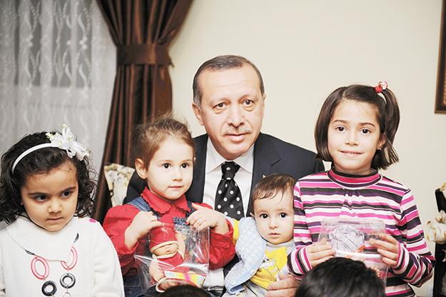 Hepsi bir yerde… Erdoğan tek başına