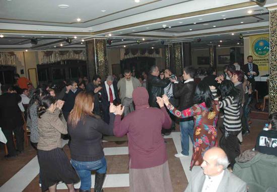 Ardahanlılar siyasilerle coştu