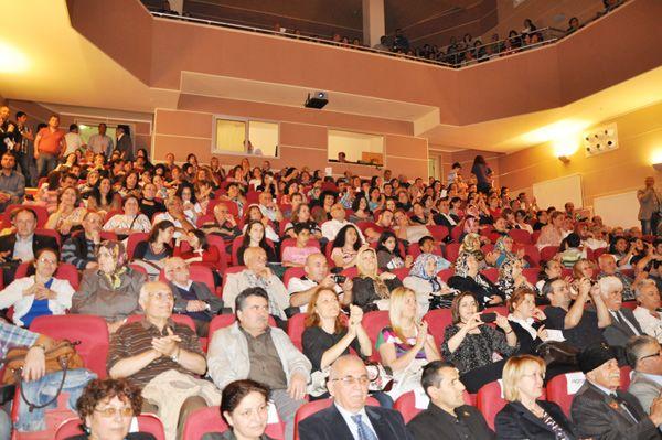 Buda ADD Türk Halk Müziği Korosu'ndan