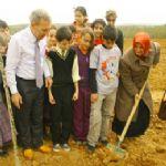 Cumhuriyet Köy'de ağaçlandırma