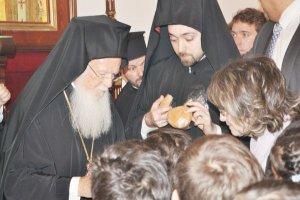 Bartholomeos Beykoz'da ayin yönetti