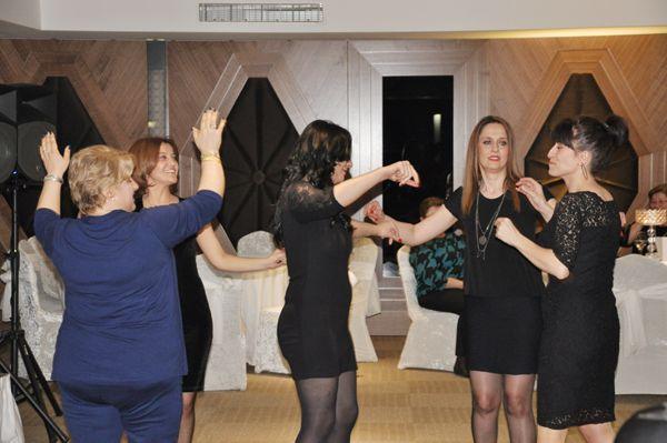 Anadoluhisarlı kadınlardan Hemşin horonu