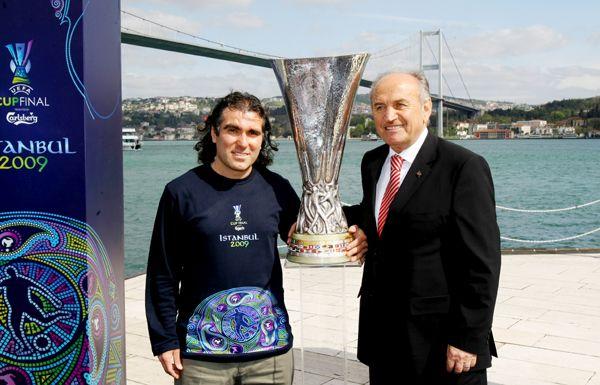 Göllü Spor Kulübü'ne sanatkar başkan
