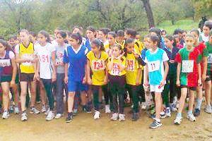 Beykozlu öğrenciler durmadan koşuyor