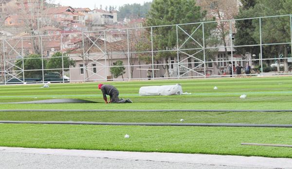 Ortaçeşme suni çim sahasına kavuşuyor