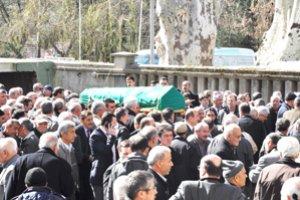 Ali Zengin'in abisi vefat etti