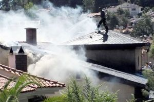 Cem Yılmaz'ın Beykoz'daki villası yandı