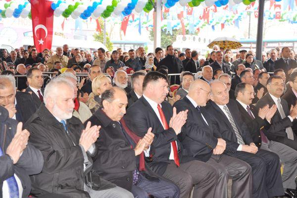 Kadir Topbaş Beykoz'da açılış yaptı.
