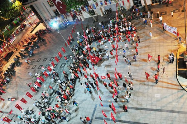 CHP gençliğinden 19 Mayıs yürüyüşü