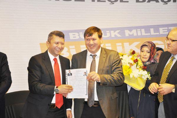 AK Parti'de son başvuru Tahmaz'dan