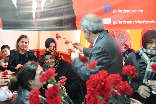 Gülay Demirel CHP siyasetine ısındı