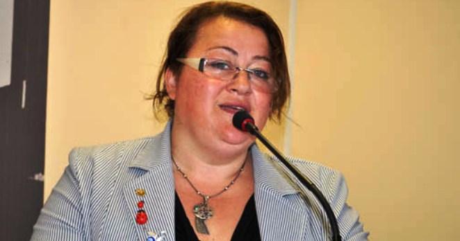 Füsun Sökmez CHP Parti Meclisi'ne adaylığını açıkladı.