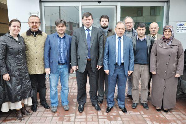 Kaymakam Erdoğan'dan siyasi partilere ziyaret