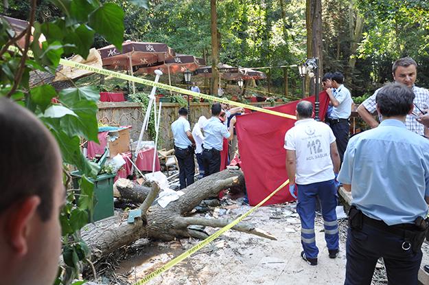 Ağaç kazasında yaralanan Suzan Özpeynirci de vefat etti