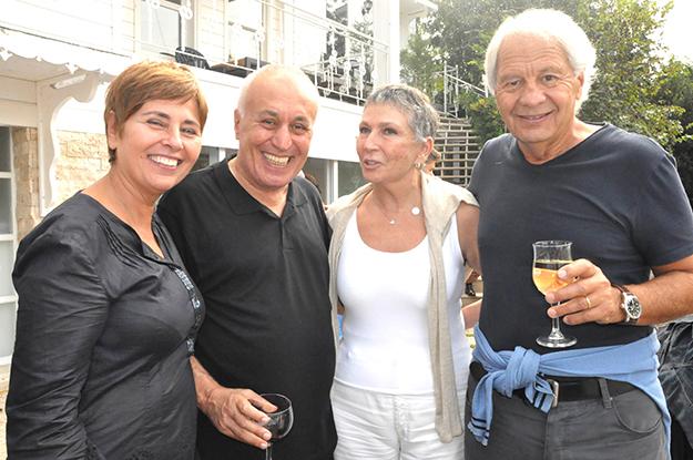 Prof. Faruk Şen, dostlarını Kanlıca'da ağırladı