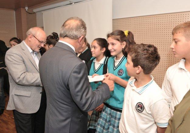 Beykoz Belediyesi'nden eğitime 'online' destek