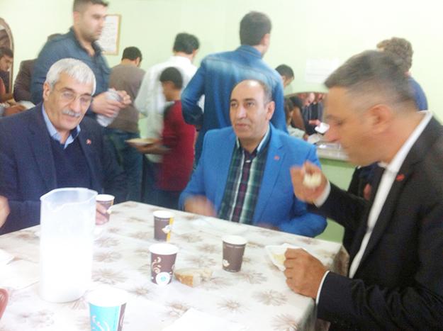 MHP Bayramı köylerde geçirdi