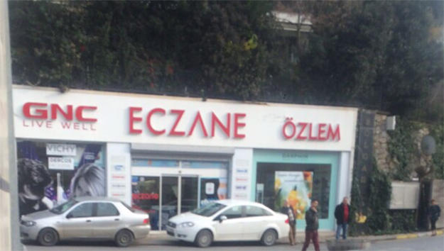 Beykoz'da kaçak ilaç operasyonu