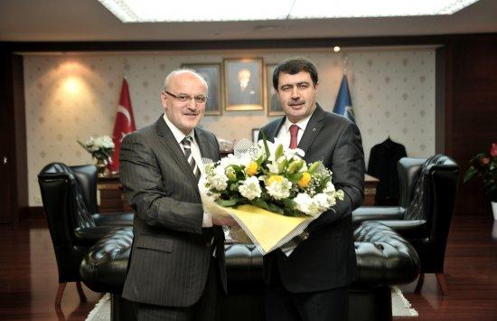 İstanbul Valisi'nden Çelikbilek ve Erdoğan'a ziyaret