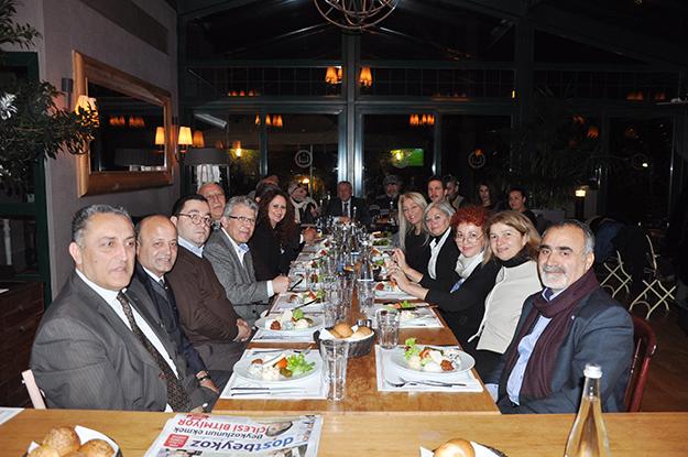 Beykoz CHP, Gazeteciler Günü'nü 'farklı' kutladı