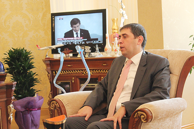 Mustafa Gürkan ziyaretlerine başladı