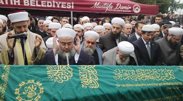 Mahmut Ustaosmanoğlu Hocaefendi'nin kardeş acısı!