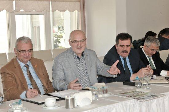 Beykoz Belediye Başkanı Çelibilek'ten muhtarlara müjde