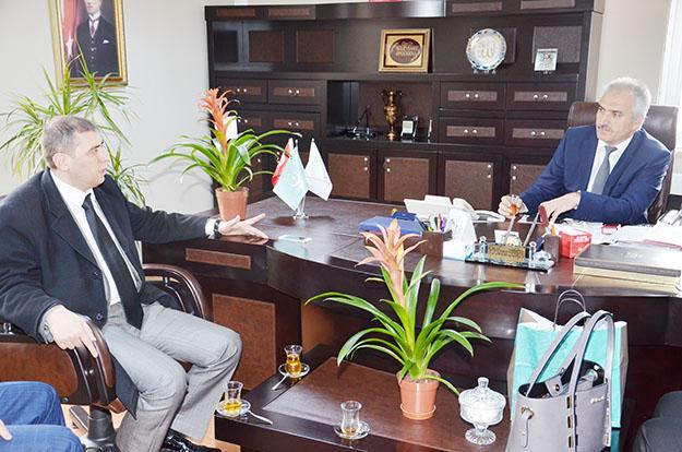 AK Partili yöneticilerden Başhekim Süleyman Erdoğdu'ya ziyaret