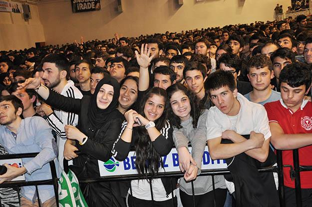 Beykoz gençliği 19 Mayıs'ta Gökhan Tepe ile coşacak