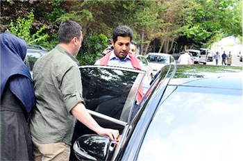 Rıza Sarraf Beykoz'da oy kullandı