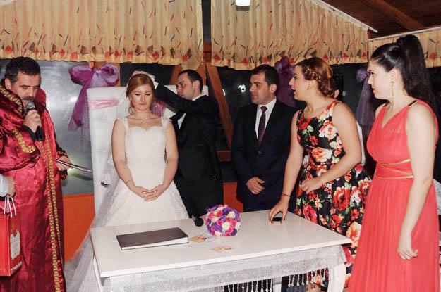 Beykoz KAS-DER'de düğün mutluluğu