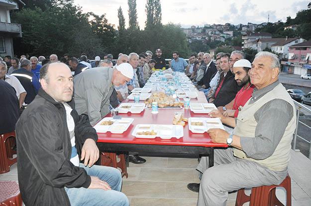 Beykoz'da Ramazan mutluluğu mahallelere yayıldı