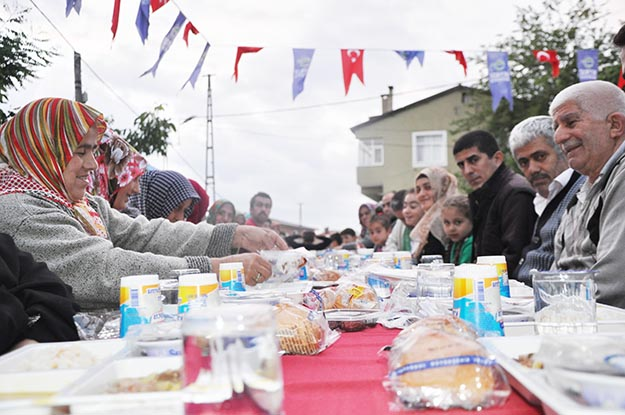 Beykoz'da tek amaç: Bir sofra etrafında buluşmak!
