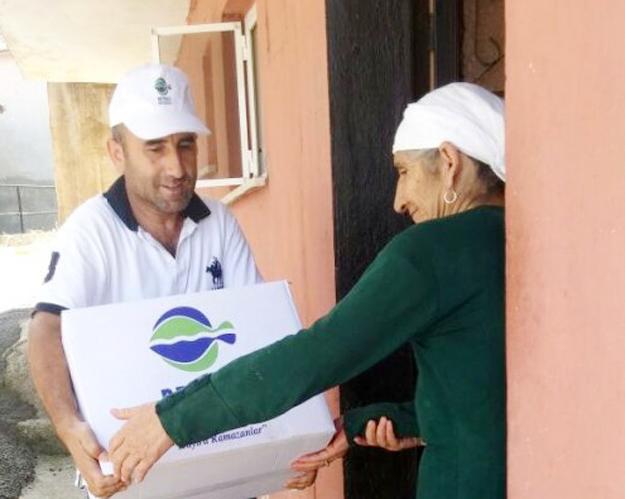 Beykoz'da 5 bin aileye gıda yardımı