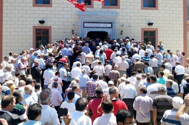 Beykoz Paşamandıra'da Bayrama yakışır cami açılışı