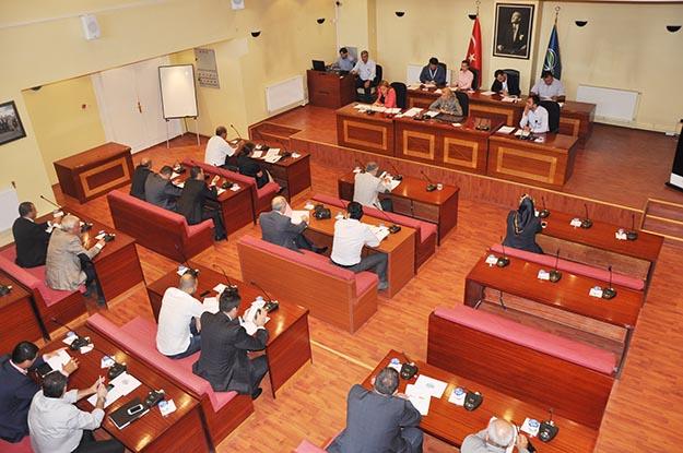 Beykoz Belediye Meclis'inde gergin oturum... (İzleyin)