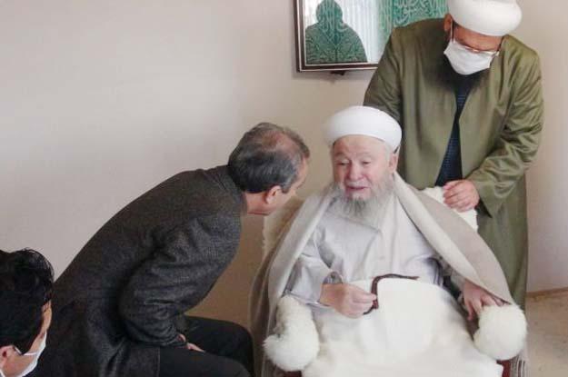 Mehdi Eker Beykoz'da Mahmut Efendi'yi ziyaret etti?