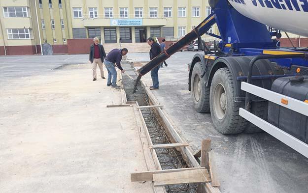 Beykoz'un okullarına tadilat seferberliği