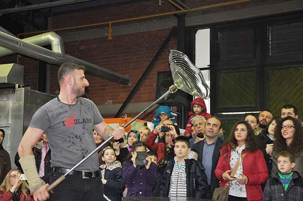 Beykoz Cam Ocağı'nda yılbaşı gösterisi yapıldı