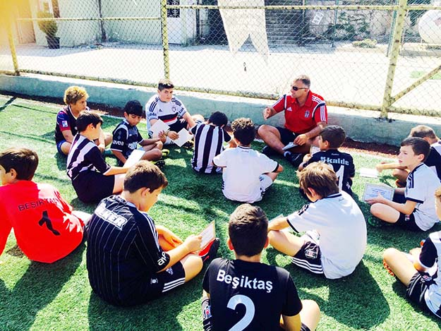 Spor insana sosyal statü sağlar