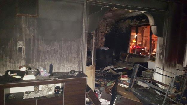 Beykoz'da telefon şarjı, yangın çıkarttı