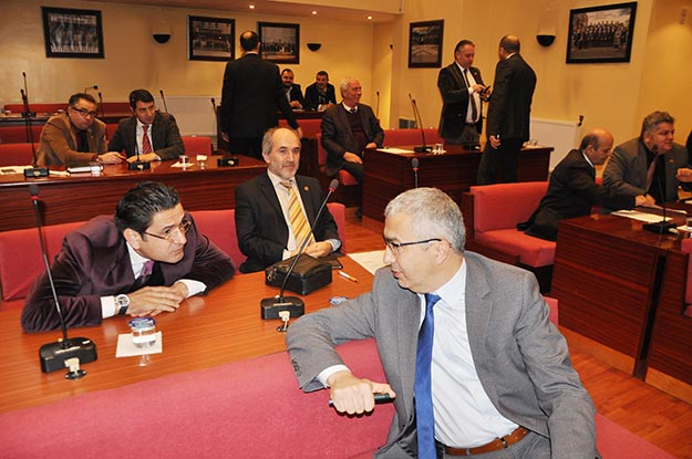 Beykoz'dan Kızılay'a 20 bin lira yardım