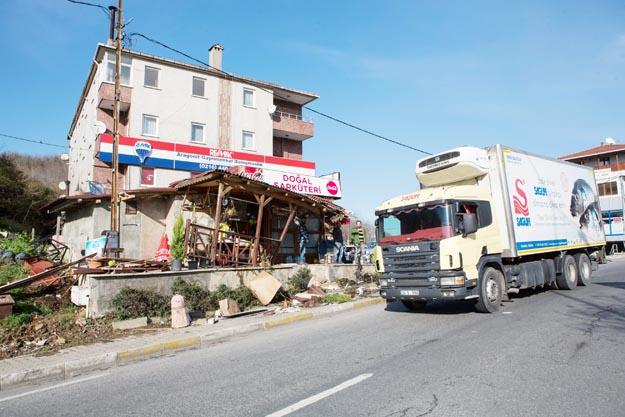Beykoz Elmalı Kavşağı'nda kamyon nöbeti