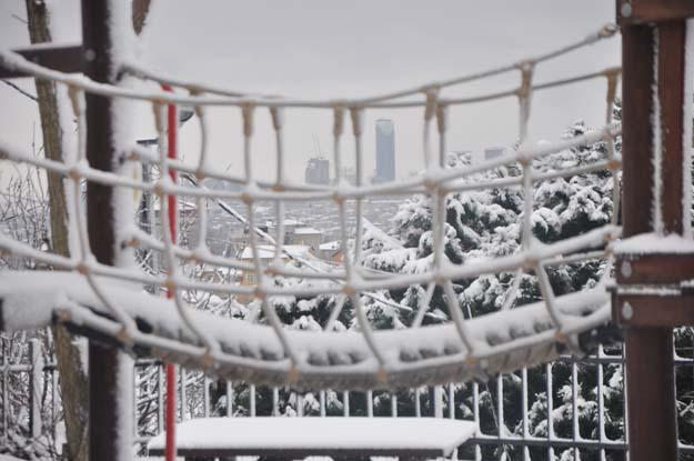 Beykoz'un muhtarları kar-kış dinlemiyor