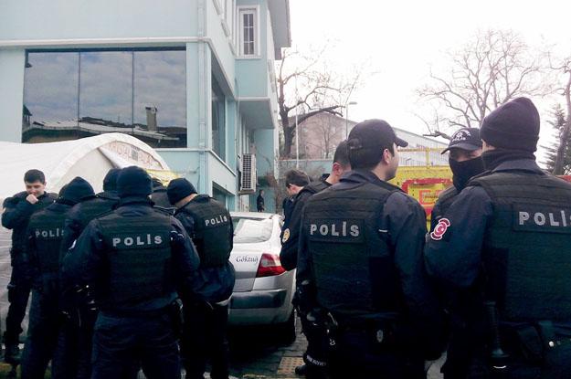 Beykoz'daki Şişe Cam işçilerine polis müdahalesi