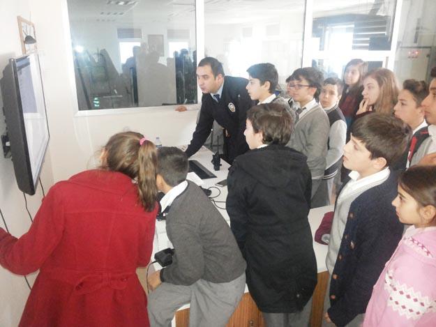 Beykoz'un polisi çocukları bilgilendirdi
